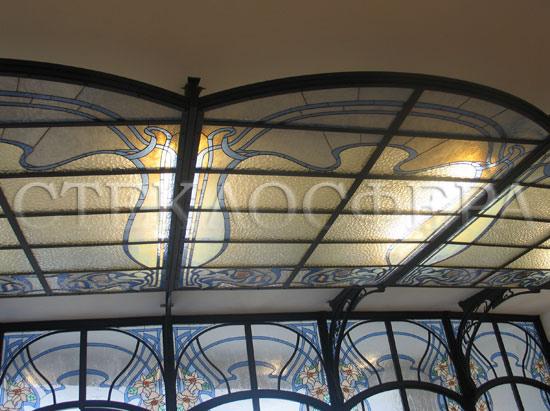 Витражные потолки, витражи на потолок (потолочные витражи). Витражный потолок в стиле «Ар-Нуво»