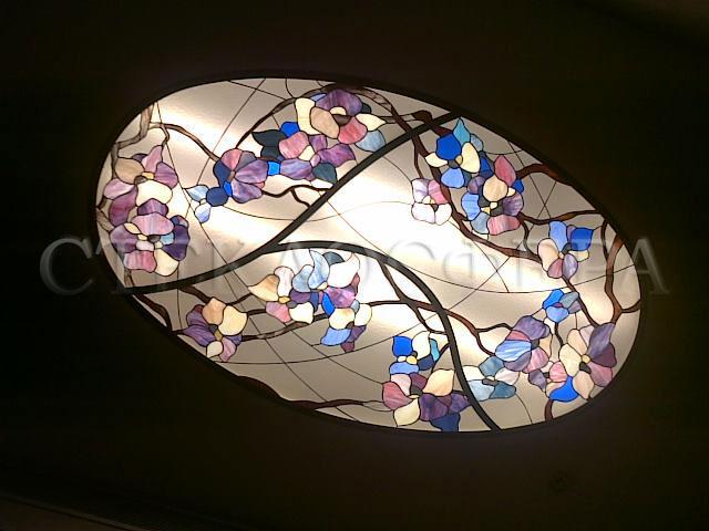 Витражные потолки, витражи на потолок (потолочные витражи). Витраж «Весеннее небо в цветущем саду»