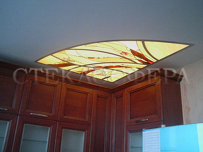 Витражные потолки, витражи на потолок (потолочные витражи). Потолочный витраж с декоративным освещением