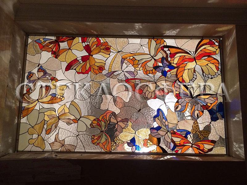 Оформление ниши, витраж в нишу, дизайн ниши в стене. Ниши с витражом «Бабочки»