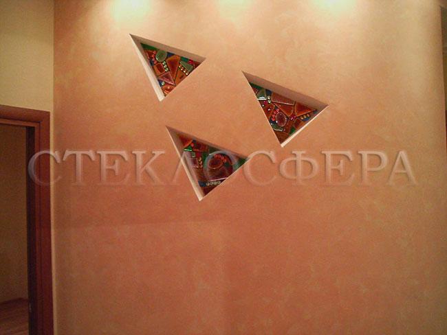 Оформление ниши, витраж в нишу, дизайн ниши в стене. Витраж фьюзинг «Знаки майя»