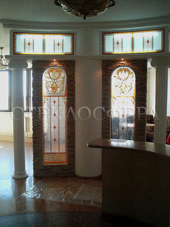 Оформление ниши, витраж в нишу, дизайн ниши в стене. Витражный декор парадной зоны квартиры в стиле «Ренессанс»