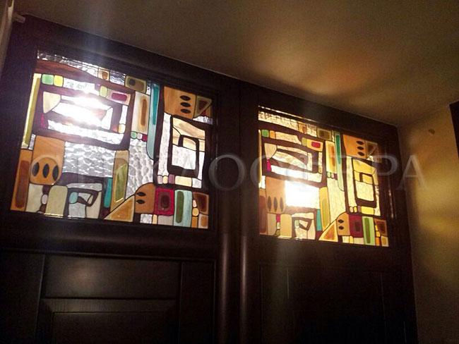 Оформление ниши, витраж в нишу, дизайн ниши в стене. Витражная ниша над дверью «Мотивы Климта»