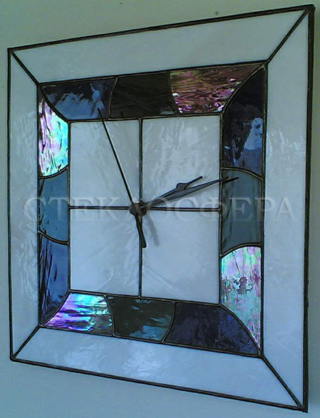 Сувениры и изделия из художественного стекла, производство эксклюзивных стеклянных сувениров. Витражные часы - художественное стекло