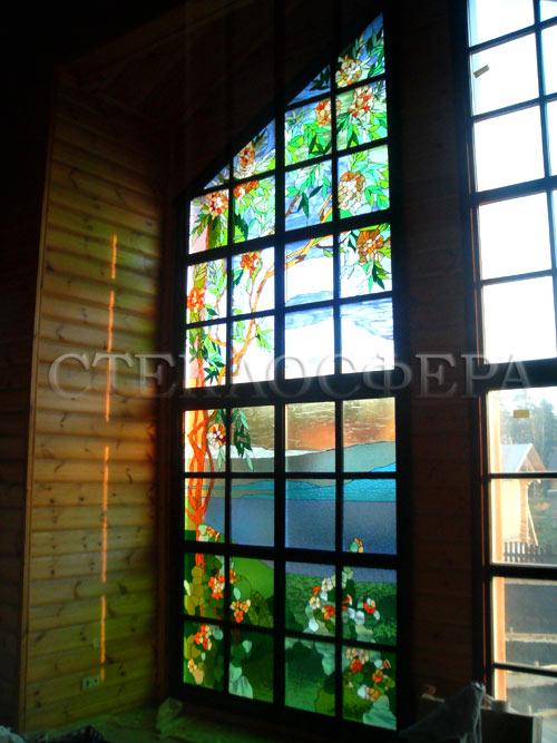 Витражи на окна. Купить витражные окна в Москве. Витражное окно в стиле Флора