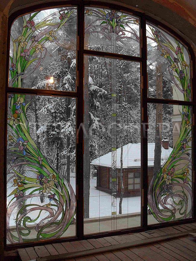 Витражи на окна. Купить витражные окна в Москве. Витраж «Вальс цветов» из структурных прозрачных стекол